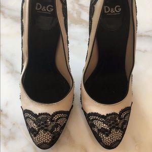 Dolce & Gabbana Lace Pumps